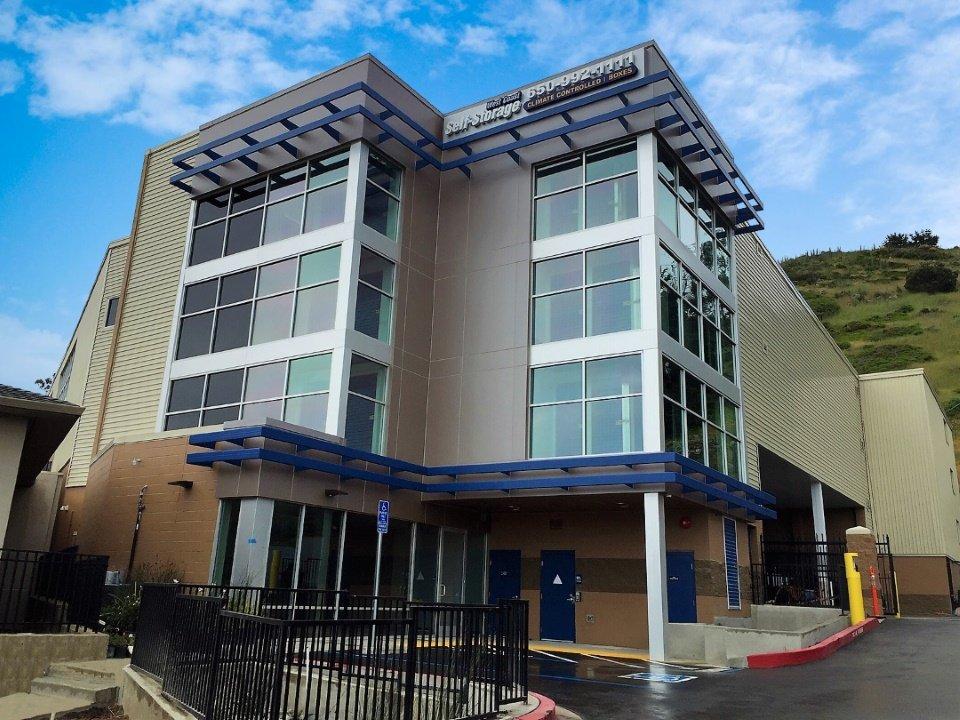 Daly City Ca Storage Units At 1001 E Market St West